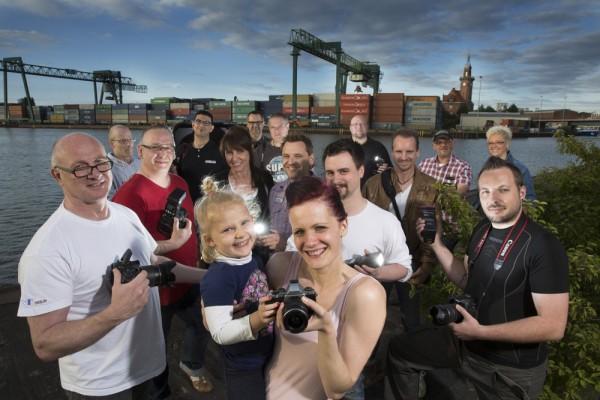 Gruppenbild der Hafen-Knipser, fotografiert von Dietmar Wäsche