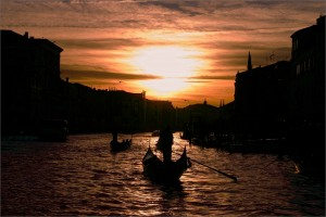 venezia-canal-grande-e95e103f-20aa-419c-b178-c7b17ff0f12f dofoto
