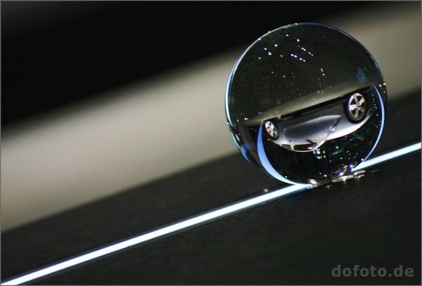 BMW-Welt München, in der Kugel ist ein BMW Z4 zu sehen