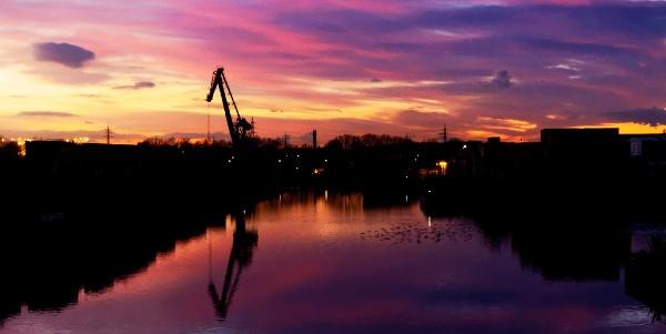 Dortmunder Hafen im Sonnenuntergang