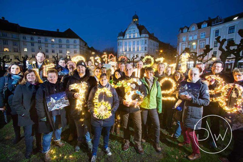 Präsentation Adventskalender am Donnerstag 24. November 2016 auf dem Borsigplatz in Dortmund.
