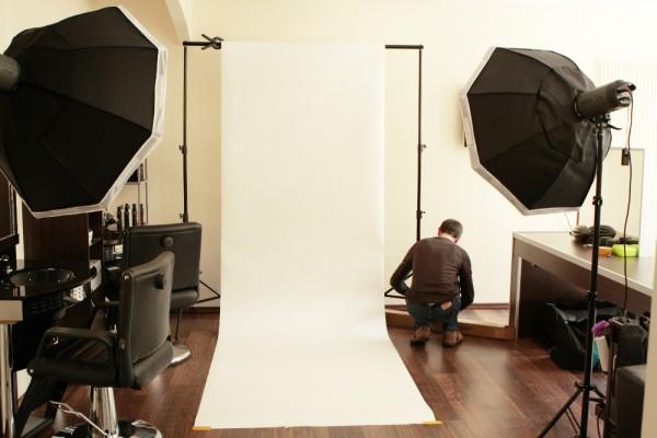 Unser mobiles Studio beim Aufbau im Friseursalon